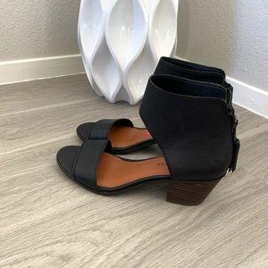 Lucky Brand  Barbina sandals